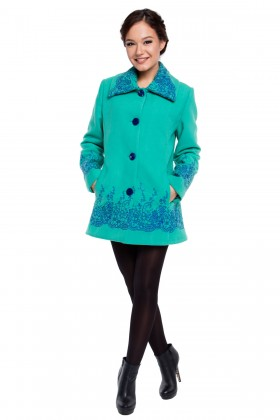 Jacheta verde din stofa cu broderie albastra model 7130