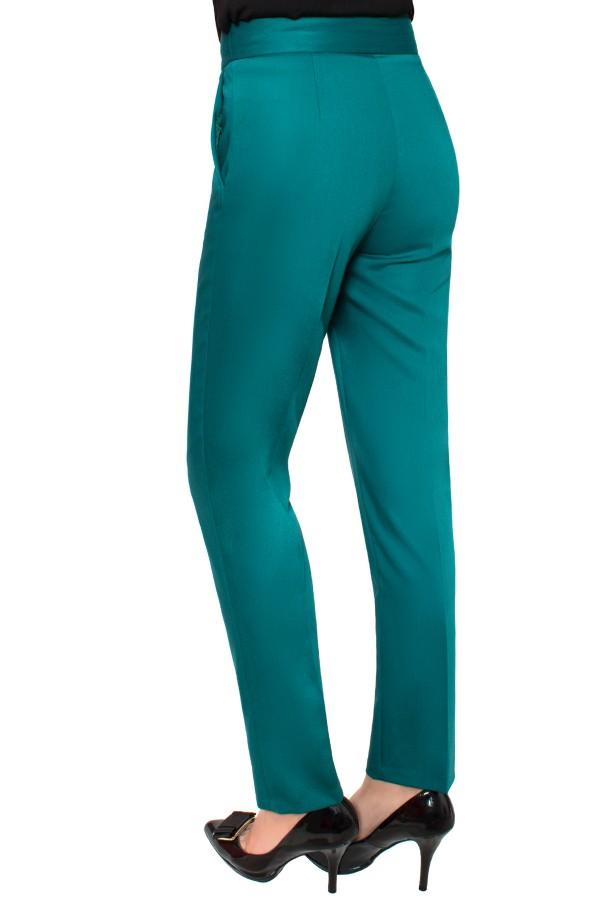 Pantalon casual P 130 verde